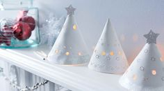 These handmade tea light holders would make a chic addition to your Christmas decorations.