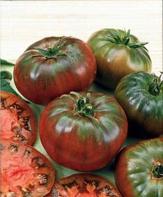 Black Krim Tomato Seeds, 100 Seeds/Pack, Organic Fruit Tomato Seed, High 'Vitamin C' Healthy Vegetable-Land Miracle Types Of Tomatoes, Varieties Of Tomatoes, Tomato Vegetable, Tomato Garden, Planting Vegetables, Healthy Vegetables, Fruit And Veg, Fruits And Veggies, Tomato Cultivation