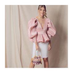 ✨Heureux ensemble✨ • @pompa_rosa @tendenciastiendaderopa • www.pomparosa.com • +(57)3007731495 • . . . . . .  #pomparosa  #fashion #style… Ruffle Blouse, Tops, Women, Style, Fashion, Totes, Arosa, Swag, Moda