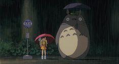 Volvemos a la carga con una recopilación de camisetas sobre uno de los anime más buenrolleros que existe: Mi vecino Totoro http://estaeslacamiseta.blogspot.com.es/2015/07/1-fotograma-7-camisetas.html