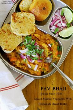 Pav Bhaji {Indian Street Food - Spiced Mashed Vegetables With Homemade Bread Rolls}