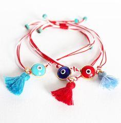 Keep an eye on me march bracelet Diy Jewelry, Handmade Jewelry, Keep An Eye On, Tassel Necklace, March, Pure Products, Drop Earrings, Eyes, Bracelets