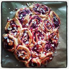 Frambozenbroodjes recept Delicious magazine
