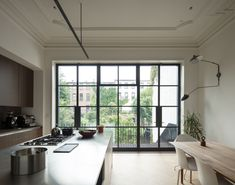 This Brownstone Renovation Is a Minimalist Melting Pot