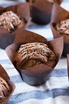 Muffins de Nutella | Objetivo: Cupcake Perfecto. | Bloglovin' Croissants, Coke Cake, Nutella Muffins, Dessert Boxes, Eat Dessert First, Fondant Cakes, Mini Cakes, Cupcake Cookies, Chocolate Desserts