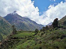 Bután Vista de algunas montañas del Himalaya en Bután.