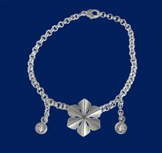 Snowqueen, wrist jewelry / silver bracelet. Made in Lapland / Finland. Design Sami Viitasaari
