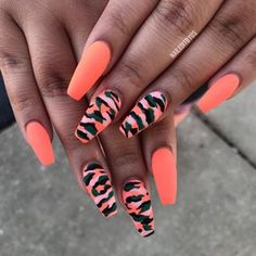 In look for some nail styles and ideas for your nails? Here's our set of must-try coffin acrylic nails for modern women. Camo Nail Designs, Cute Acrylic Nail Designs, Best Acrylic Nails, Summer Acrylic Nails, Ongles Camouflage Rose, Camouflage Nails, Pink Camo Nails, Glow Nails, Aycrlic Nails