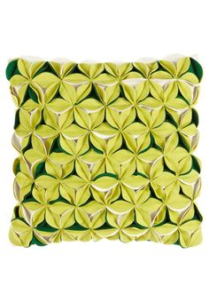Este cojín se puede hacer con círculos de fieltro