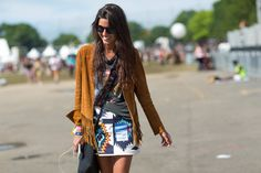 Festival dressing NYC-style is as eclectic, irreverent, and individual as the people who walk our streets Festival Dress, Festival Fashion, Festival Style, Fashion Now, Nyc Fashion, Warm Weather Outfits, Fringe Jacket, Fashion Gallery, Boho Chic