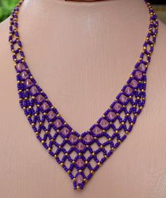 Perfect Purple Beaded Necklace Pattern by Cecilia Rooke at Bead-Patterns.com