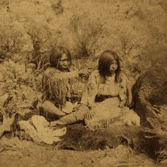 (animated stereo) Native American youths redux by Thiophene_Guy, via Flickr