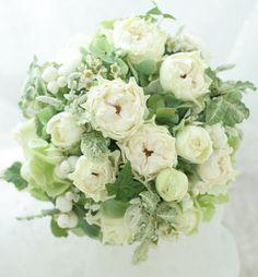 バラの白波のブーケ  高輪教会様へ とIFEXの予告 : 一会 ウエディングの花