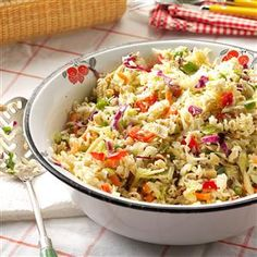 For potlucks and picnics, this ramen cabbage salad is a knockout. I tote the veggies in a bowl, dressing in a jar and noodles in a bag. Then I shake them up together when it's time to eat. Ramen Cabbage Salad, Ramen Salad, Cabbage Slaw, Soup And Salad, Pasta Salad, Noodle Salads, Potluck Recipes, Salad Recipes, Cooking Recipes