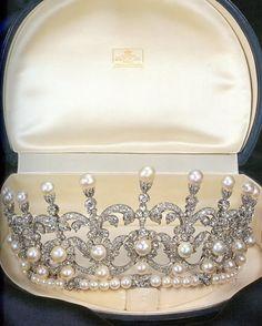 Savoy Tiara, Italy (pearls, diamonds). King Umberto II gave this tiara to his daughter, Maria Gabriella