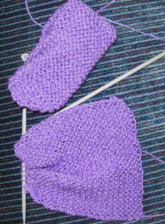 Beginner Knitting Patterns, Knitting For Beginners, Knitting Projects, Crochet Slipper Pattern, Crochet Patterns, Crochet Hooks, Knit Crochet, Crochet Blankets, Womens Slippers