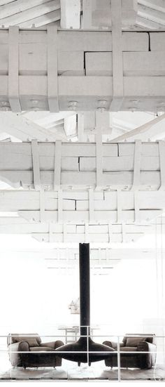 = white loftspace = Paola Navone