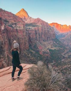 The end of the Canyon Overlook Hike - an easy trail in Zion National Park Arizona Travel Destinations Backpack Backpacking Vacation Wanderlust Off the Beaten Path Budget Zion Park, Zion T, Grand Canyon, Zion Canyon, Bryce Canyon, Zion Hikes, Utah Hikes, Monument Valley, Voyage