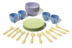 http://www.borgione.it/Stoviglie/Stoviglie-e-utensili-per-cucina/Servizio-da-tavola-in-plastica-riciclata/ca_22774.html