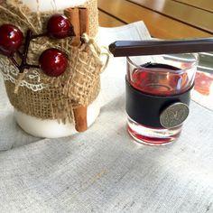 vişne likörü Napkins, Turkey, Lily, Traditional, Recipes, Towels, Turkey Country, Dinner Napkins, Recipies