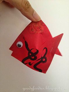Eat Your Heart Out: Kids Craft: Gold Fish & Lantern for Chinese New Year (CNY)