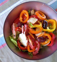 Salade de Poulpe aux poivrons salades composees cuisine de grece