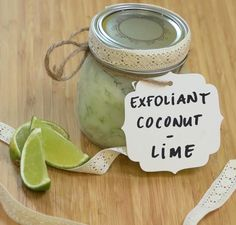 quick and easy recipe for exfoliating coconut and lime. Perfect as a gift to a friend! quick and easy recipe for exfoliating coconut and lime. Perfect as a gift to a friend! Love Card, Diy Cadeau Noel, Homemade Cosmetics, Natural Candles, Coconut Recipes, Diy Christmas Gifts, Christmas Candles, Baking Ingredients, Quick Easy Meals