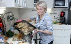 VIP Prostřeno: Veronika Žilková a její ptáci na talíři - AHA. Veronica, Vip, Tube, Celebrity, Meat, Food, Essen, Celebs, Meals