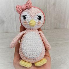 Häkelanleitung für eine Pinguin Familie, Amigurumi häkeln / crochet pattern for amigurumi penguins made by Wolltastisch via DaWanda.com