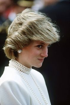 Princess Diana Best Looks - Photos of Princess Diana - Elle