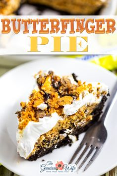 Butterfinger pie is an easy no bake dessert with an Oreo crust and a creamy peanut butter and Butterfinger filling. Make it in just 20 minutes! Butterfinger Pie has officially been dubbed a new favorite in this house. And why wouldn't it be?! Butterfinger pie has a creamy peanut butter filling with Butterfinger pieces folded right in. It sits in a decadent chocolate crust, and is topped with fluffy whipped topping. | The Gracious Wife @thegraciouswife #summerpie #summerdessert… Easy Gluten Free Desserts, Easy Desserts, Pavlova, Chocolate Desserts, Decadent Chocolate, Butterfinger Pie, Sauce Creme, Best Dessert Recipes, Sweets Recipes