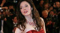الممثلة روز مكغوان تتهم المنتج هارفي وينشتاين بالاغتصاب