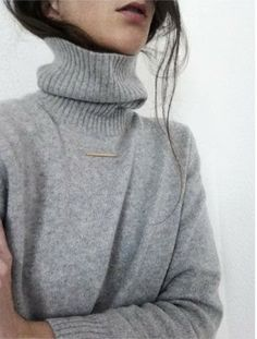 Grey sweater | Fashion Me Now