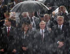 Władimir Putin był gościem hucznych obchodów 70. rocznicy wyzwolenia stolicy Serbii spod okupacji niemieckiej. http://www.tvn24.pl/zdjecia/zdjecie-dnia,31565.html