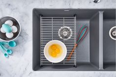 Learn more about the BLANCO America Floating Grid kitchen accessory. #Kitchendesign
