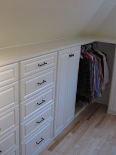 Love this storage on an angle!