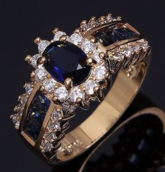 SAPPHIRE BLUE 10KT WHITE GOLD LADIES RING