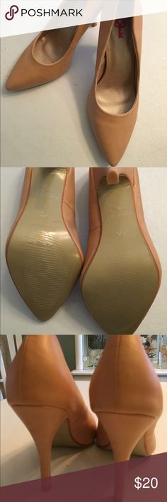 Classy pump Creamy peachy pink undertone 4inch pump perfect condition Pink key Shoes Heels