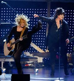 Nancy Wilson (L) and Ann Wilson from the band Heart perform onstage during the 2nd annual VH1 Rock Honors held at the Mandalay Bay Events Center on May 12, 2007 in Las Vegas, Nevada.