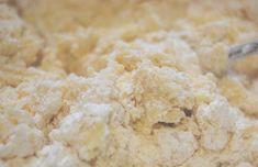 Biscuiți fragezi, gata într-un timp record! Descoperiți cea mai simplă rețetă pentru un aluat universal! - Bucatarul Krispie Treats, Rice Krispies, Desserts, Postres, Deserts, Rice Krispie Treats, Dessert, Rice Cereal, Food Deserts