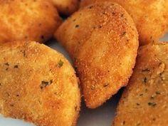 Rissóis de Bacalhau recipe