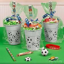 Resultado de imagen para adornos para cumpleaños infantiles de futbol