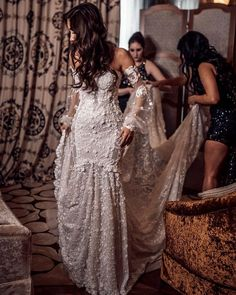 Our beautiful Maie Ibrahim tied the knot in our Galia Lahav wedding dress, made of embroidered silk tulle, in the magical destination of Marrakech. Gorgeous Wedding Dress, Perfect Wedding, Dream Wedding, Wedding Day, Wedding Bride, Wedding Ceremony, Destination Wedding, The Knot, Jenny Packham
