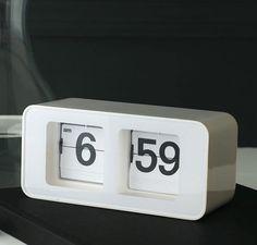 Torre & Tagus / Retro Flip Clock - Google Search