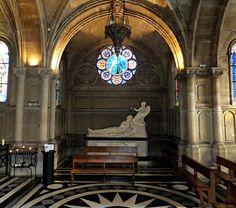 Église Notre-Dame-de-Compassion ,cénotaphe du prince d'Orléans.  Paris XVIIème.