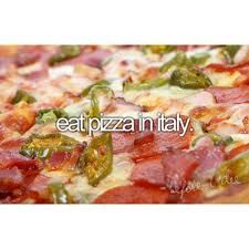 eat pizza in italy
