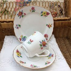 COLCLOUGH VALE LONGTON BONE CHINA 1940s TRIO SET CUP SAUCER PLATE PINK FLORAL