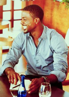 Lance Gross-I'm a sucker for a man with nice teeth and a beautiful smile! Beautiful Smile, Black Is Beautiful, Gorgeous Men, Beautiful People, Perfect Smile, Beautiful Things, Fine Black Men, Fine Men, Black Guys