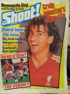 "Craig Johnston on Front Cover of ""Shoot"" Magazine - 26 Oct 1985"