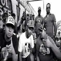 Primeiro Ato e Trilha Sonora do Gueto Vídeo Clipe Somos Iguais 2014